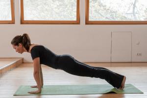 yoga-plank-pose