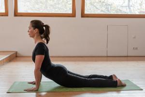yoga-cobra-pose